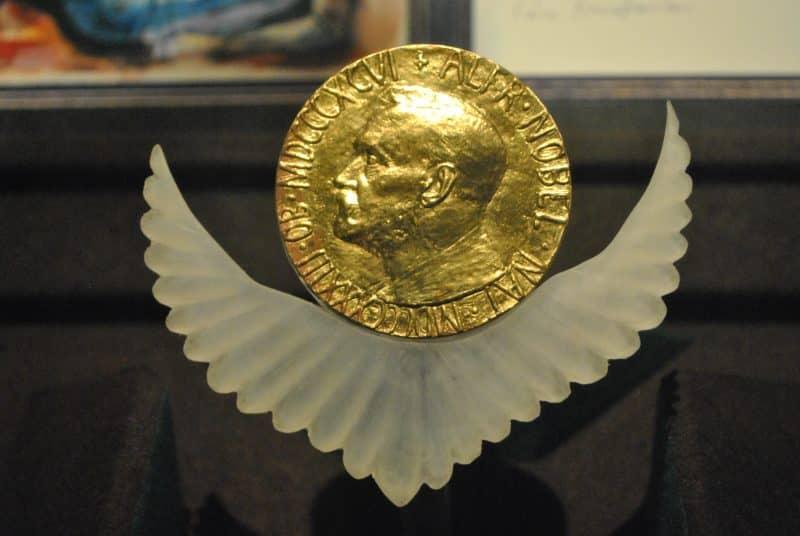 L'attribution d'un prix Nobel a provoqué une vive indignation :