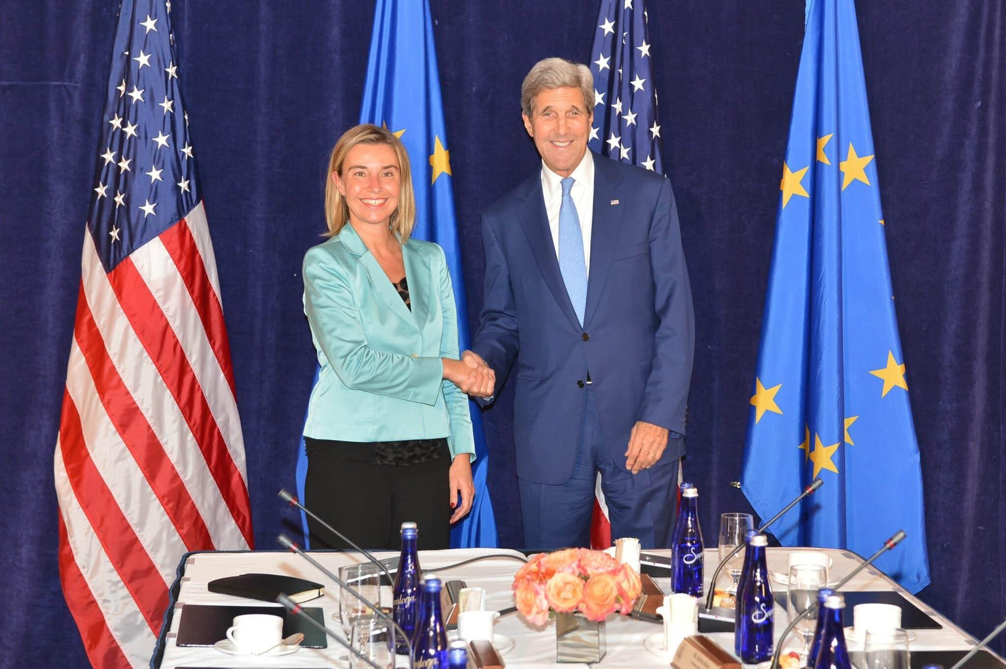 Qu'ont adopté l'Union Européenne et les Etats Unis jeudi 1er décembre ?