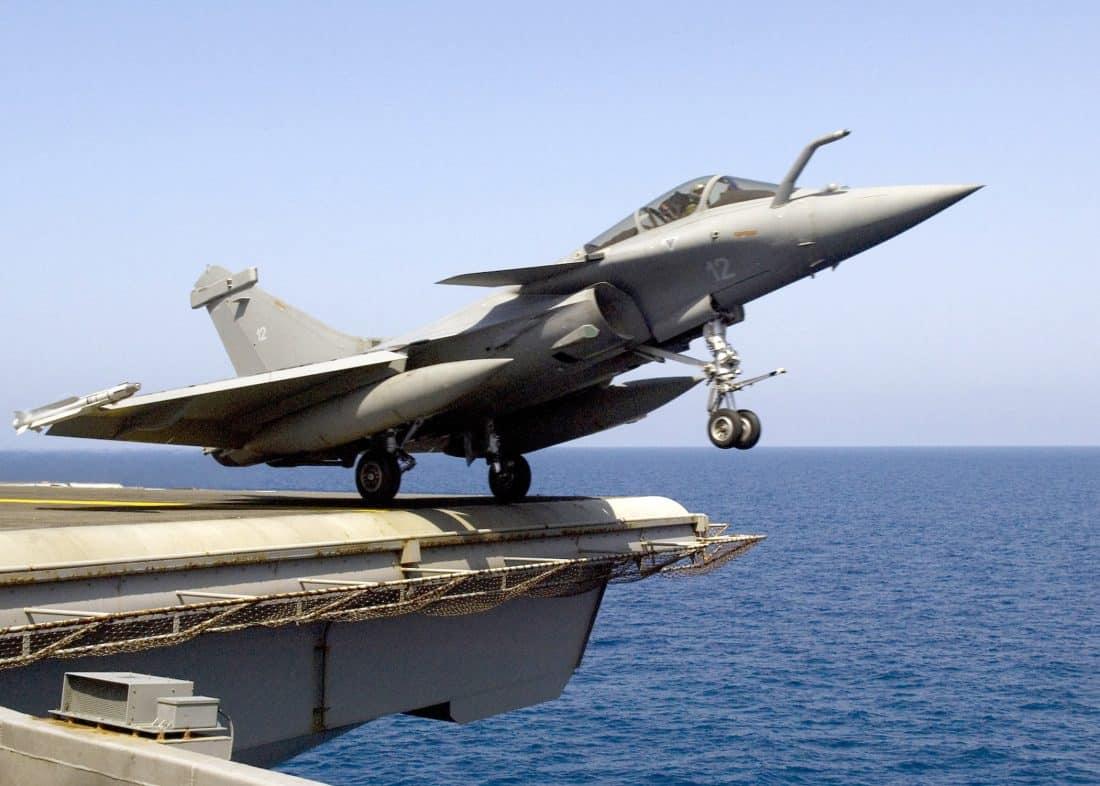 Paris veut arrêter sa coopération militaire avec Bagdad.