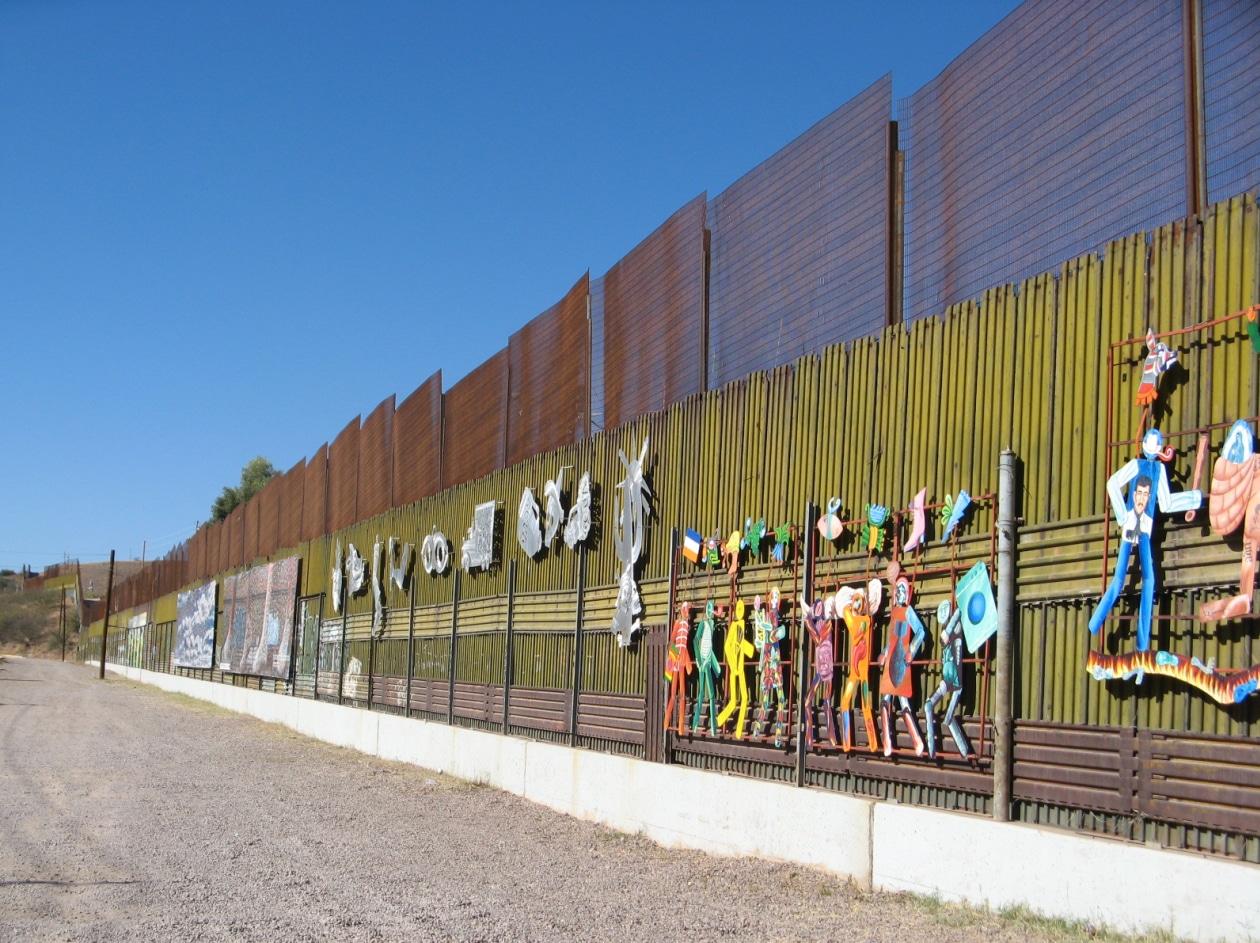 En moyenne, combien de femmes sont tuées au Mexique chaque jour ?