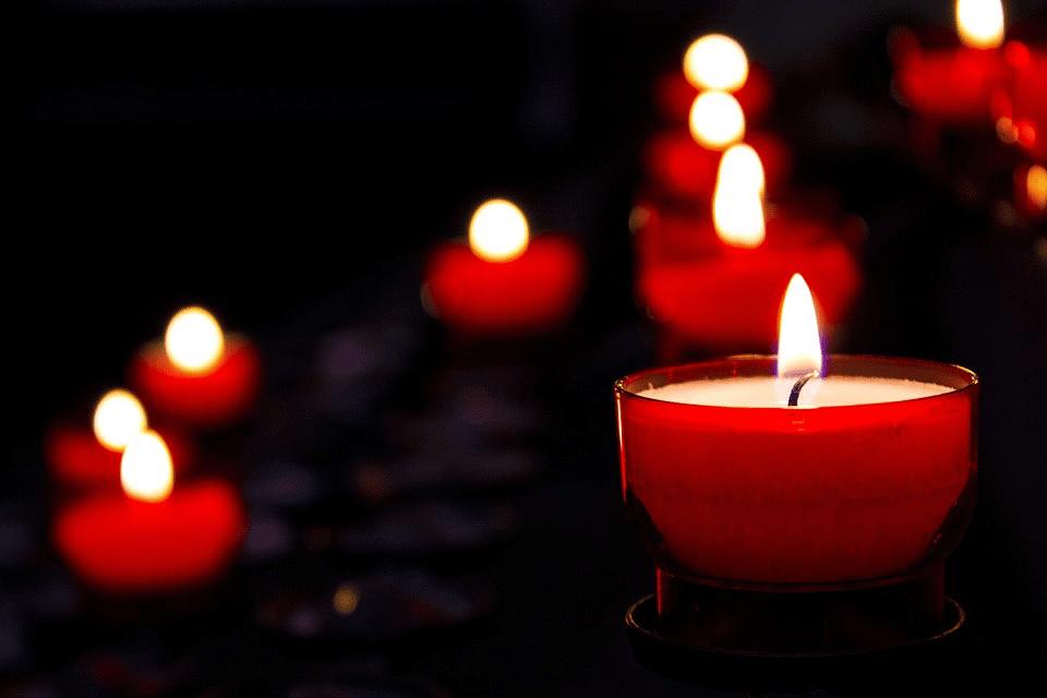 Quel est le nombre de victimes de l'attentat dans le Cachemire ?