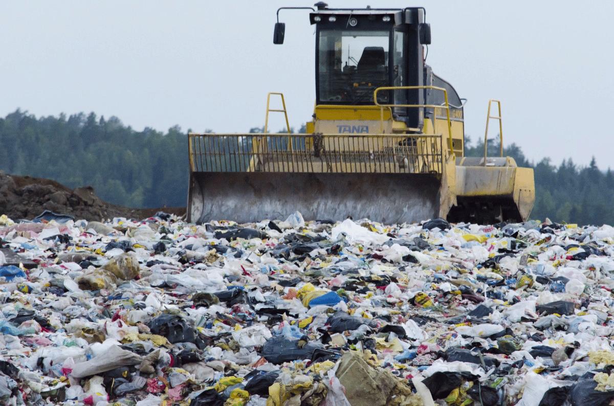 Quel pays a décidé de renvoyer des déchets vers le Canada ?
